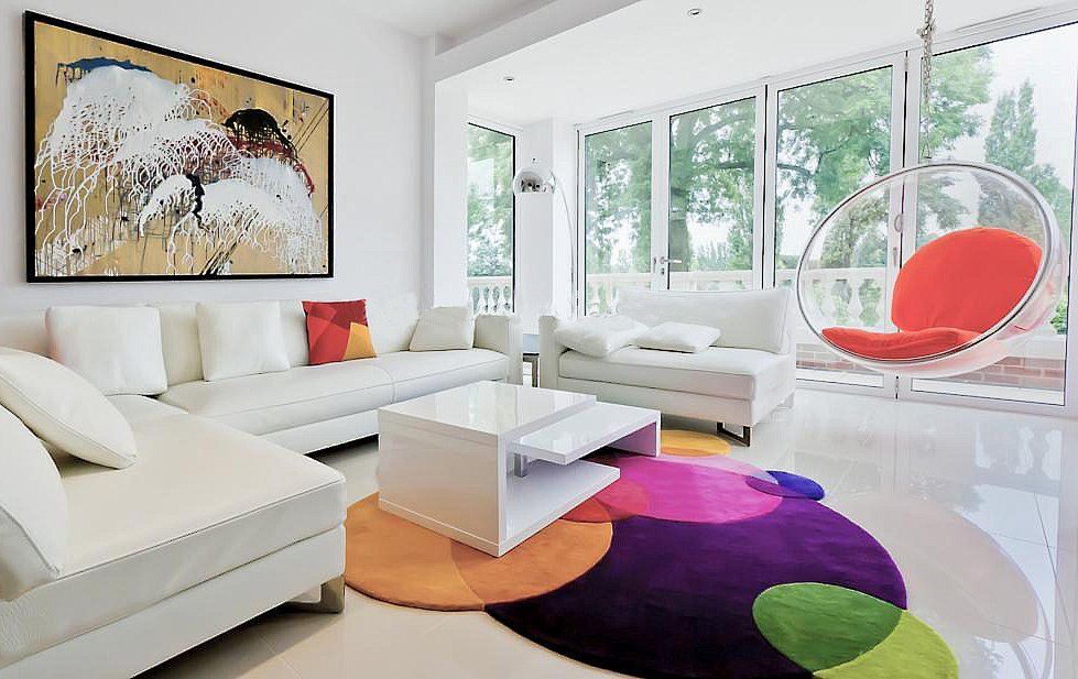 Collision of Color in Modern Area Rugs