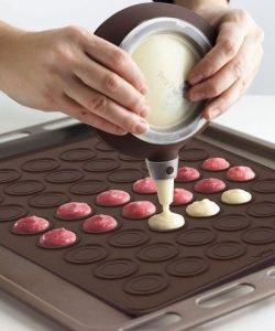 macaroon baking sheet